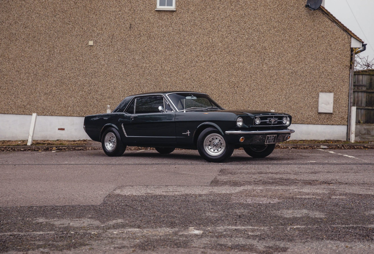 1965 FORD MUSTANG HARDTOP - LHD