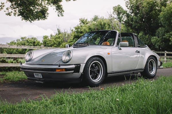1976 PORSCHE 911 CARRERA 3.0 TARGA