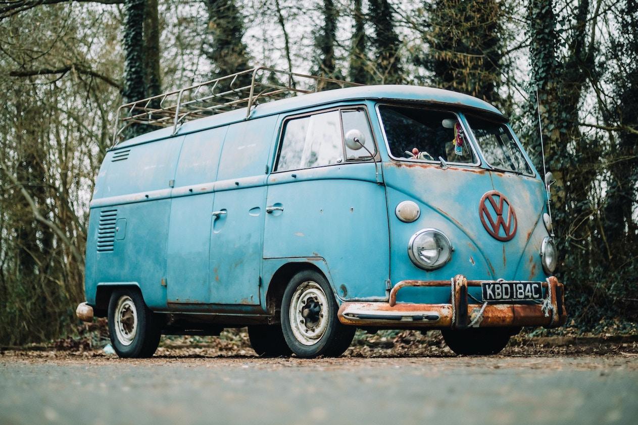 1965 VOLKSWAGEN T1 SPLITSCREEN DOUBLE DOOR PANEL VAN