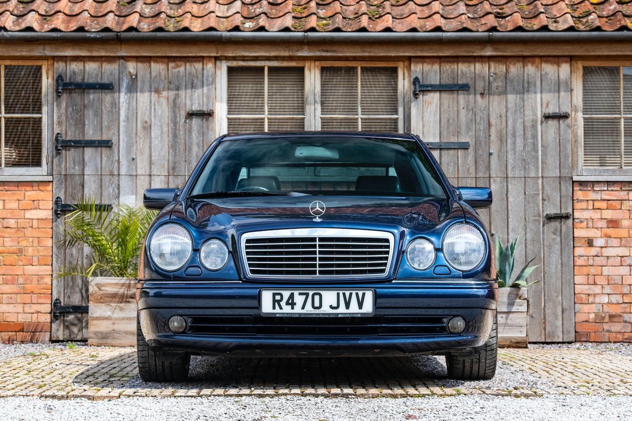 1998 MERCEDES-BENZ (W210) E55 AMG