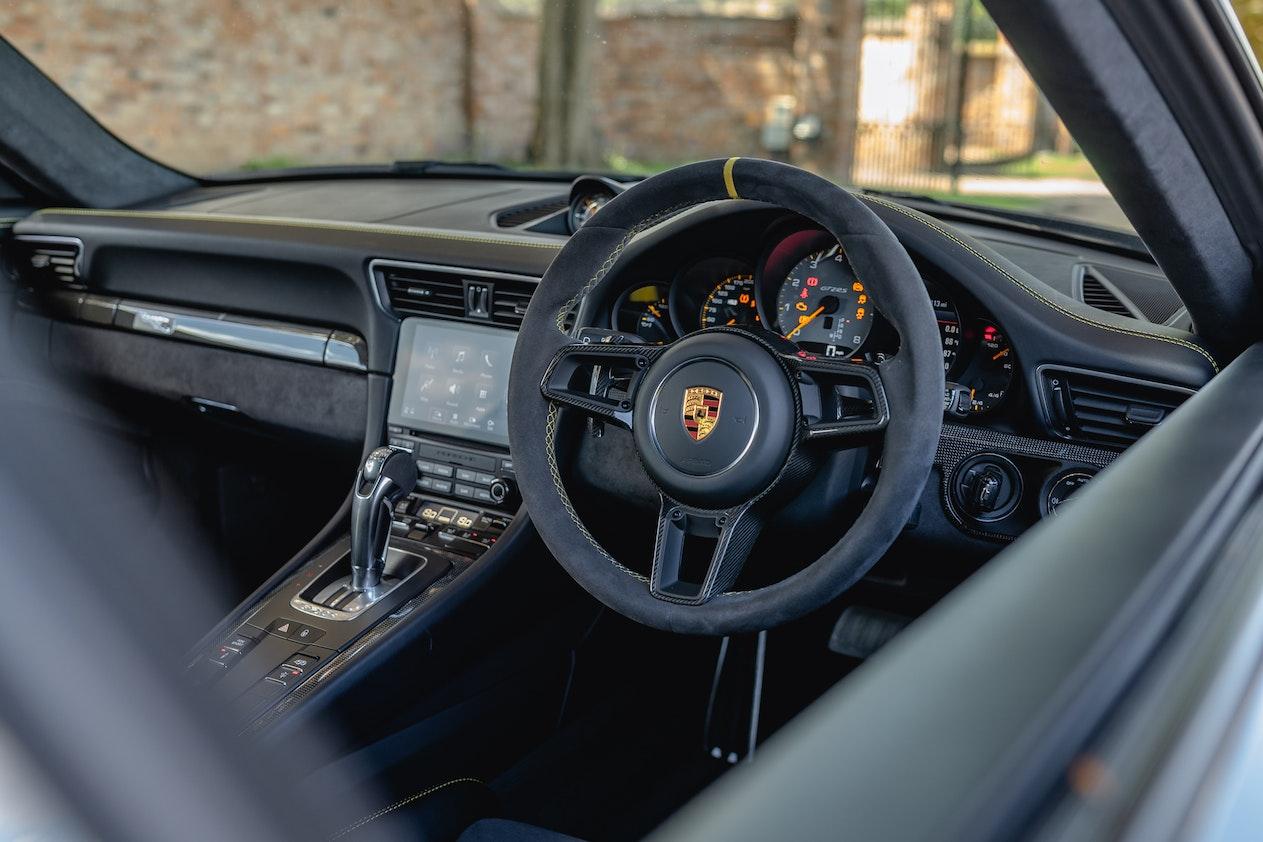2018 PORSCHE 911 (991) GT2 RS WEISSACH PACK