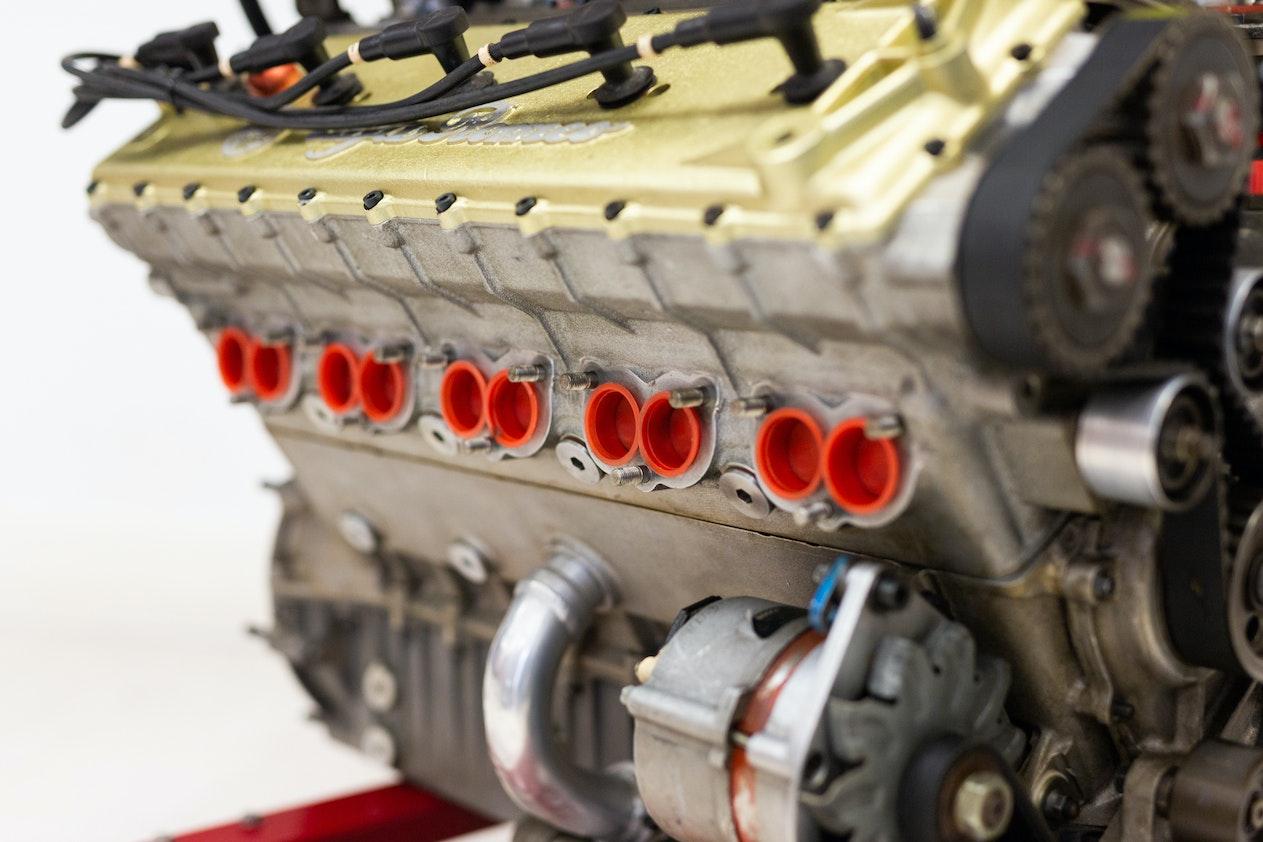 ALFA ROMEO V10 F1 ENGINE