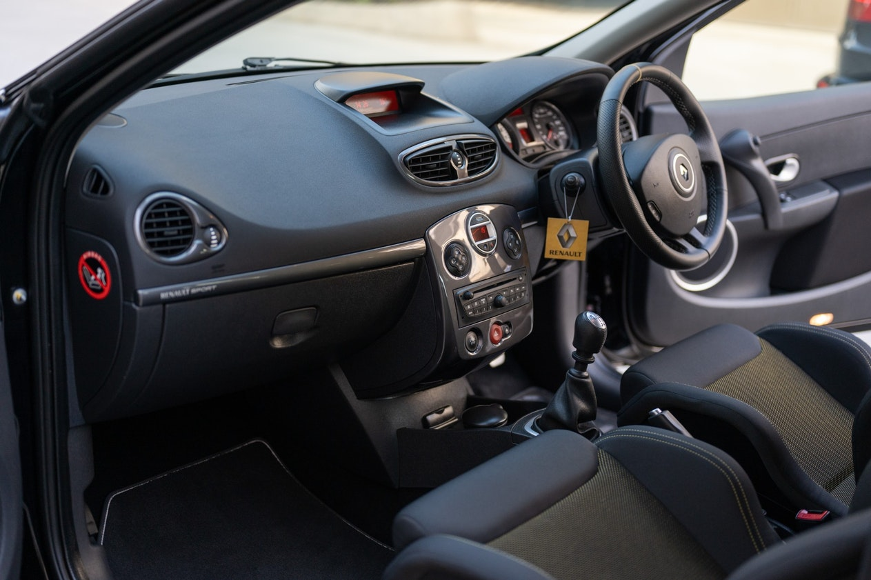 2013 RENAULT CLIO RS 200 CUP