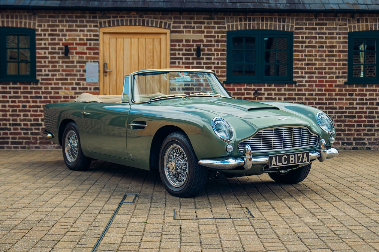 CHARITY AUCTION - ASTON MARTIN DB5 CONVERTIBLE DRIVING EXPERIENCE