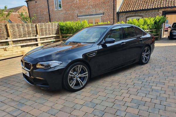 2016 BMW (F10) M5