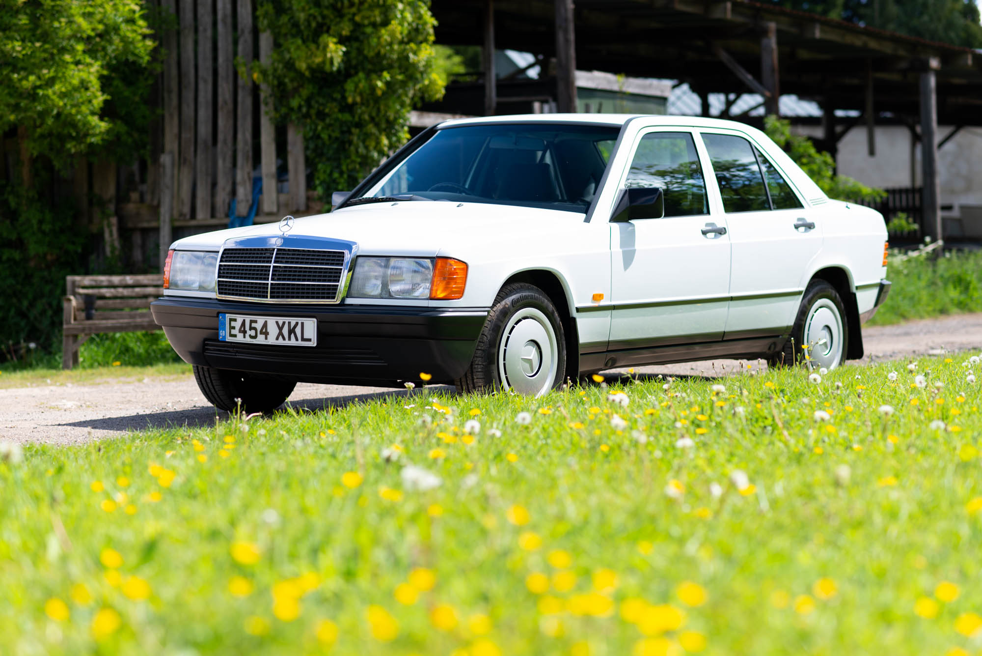 1988 MERCEDES-BENZ (W201) 190E - 25,000 MILES FROM NEW