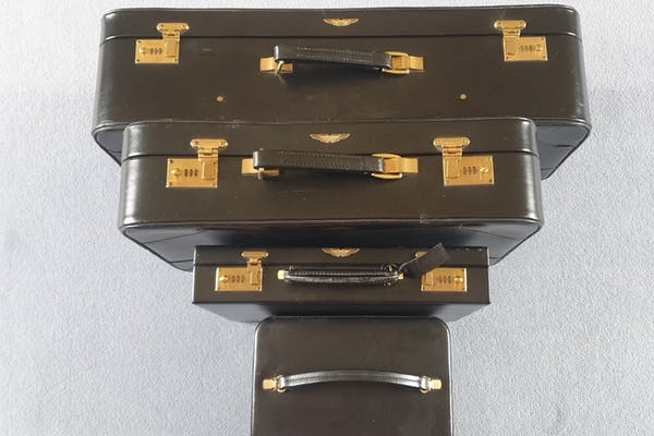 TANNER KROLLE LUGGAGE FOR ASTON MARTIN V8