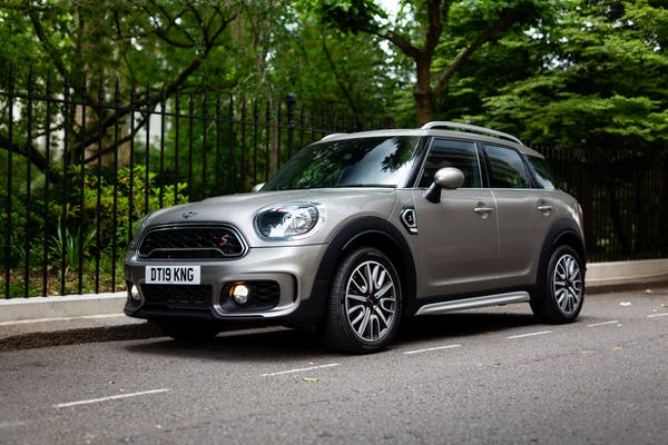 2019 MINI COUNTRYMAN COOPER S - 164 MILES FROM NEW