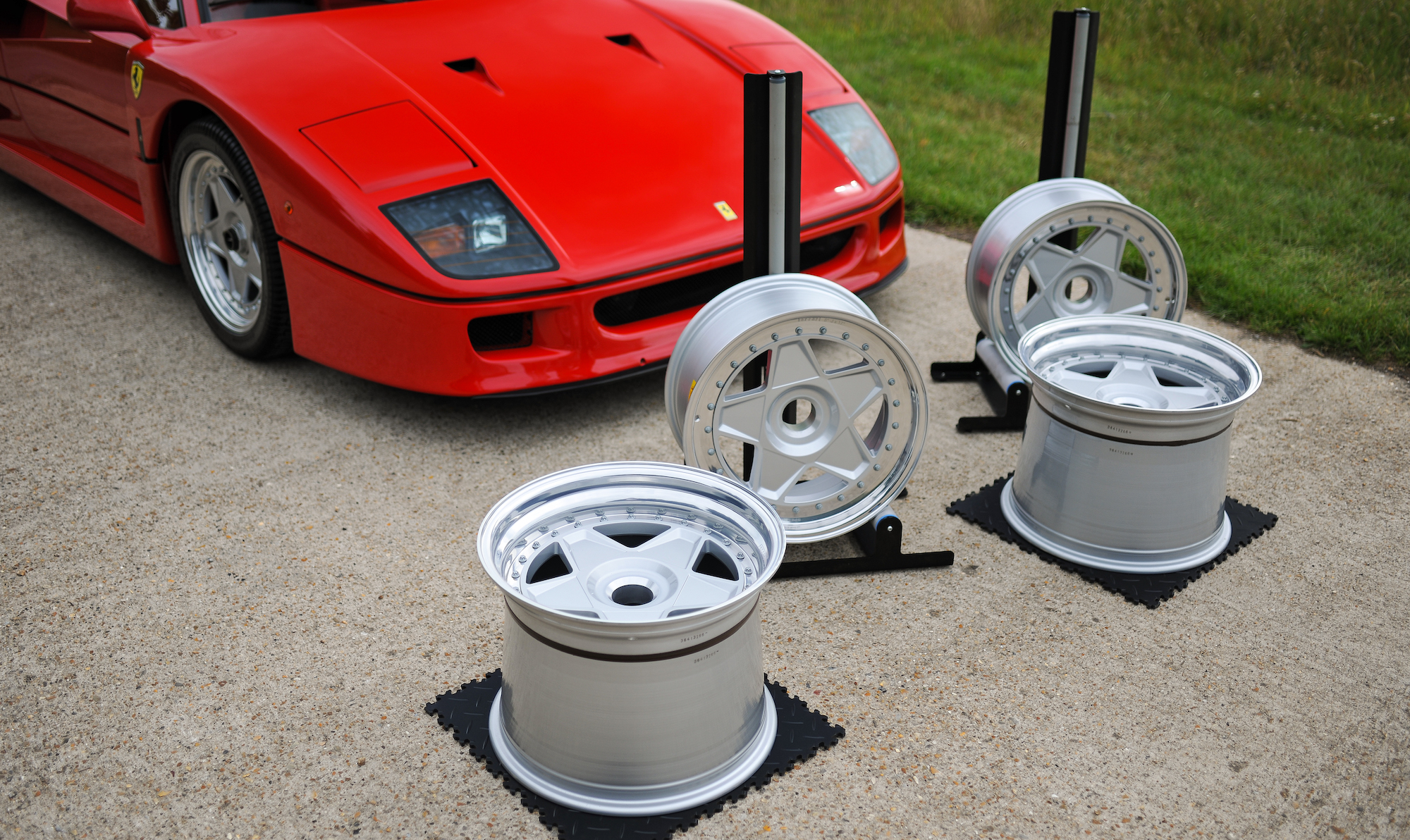 FERRARI F40 WHEELS - SET OF NEW ALLOY WHEELS