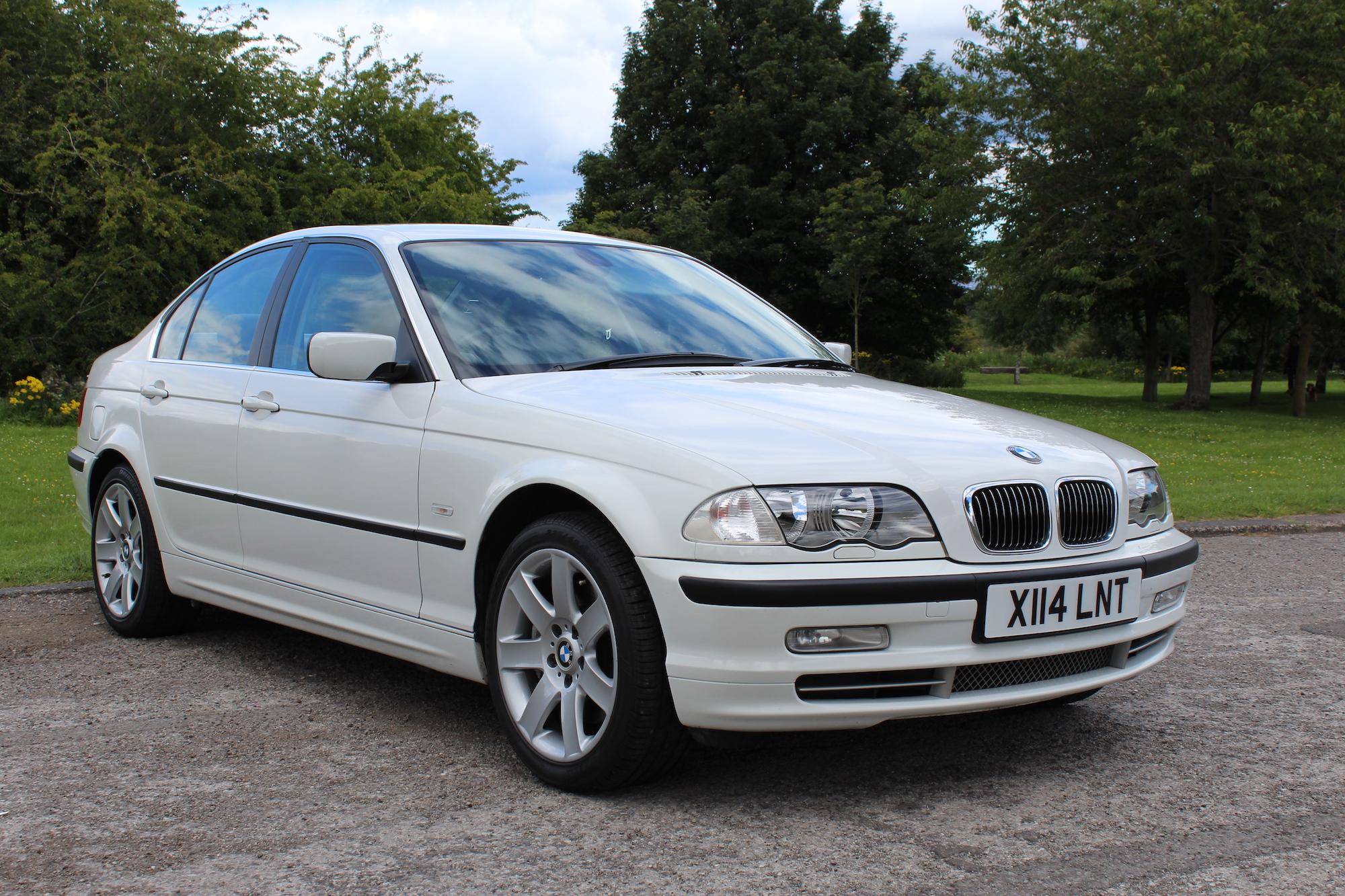 2000 BMW (E46) 330i SE - 13,416 MILES