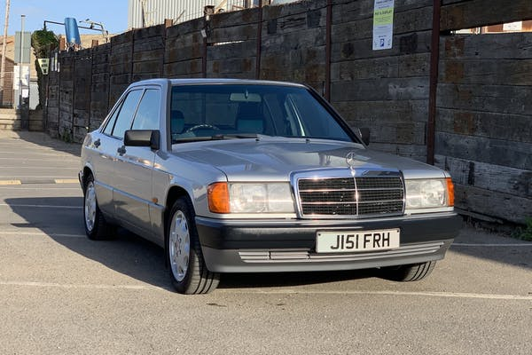 NO RESERVE: 1992 MERCEDES-BENZ (W201) 190E