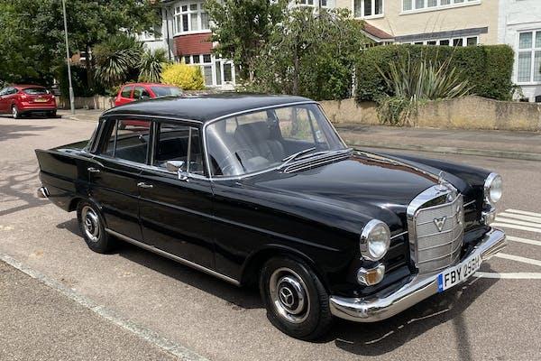 1966 MERCEDES-BENZ (W110) 230 'FINTAIL'