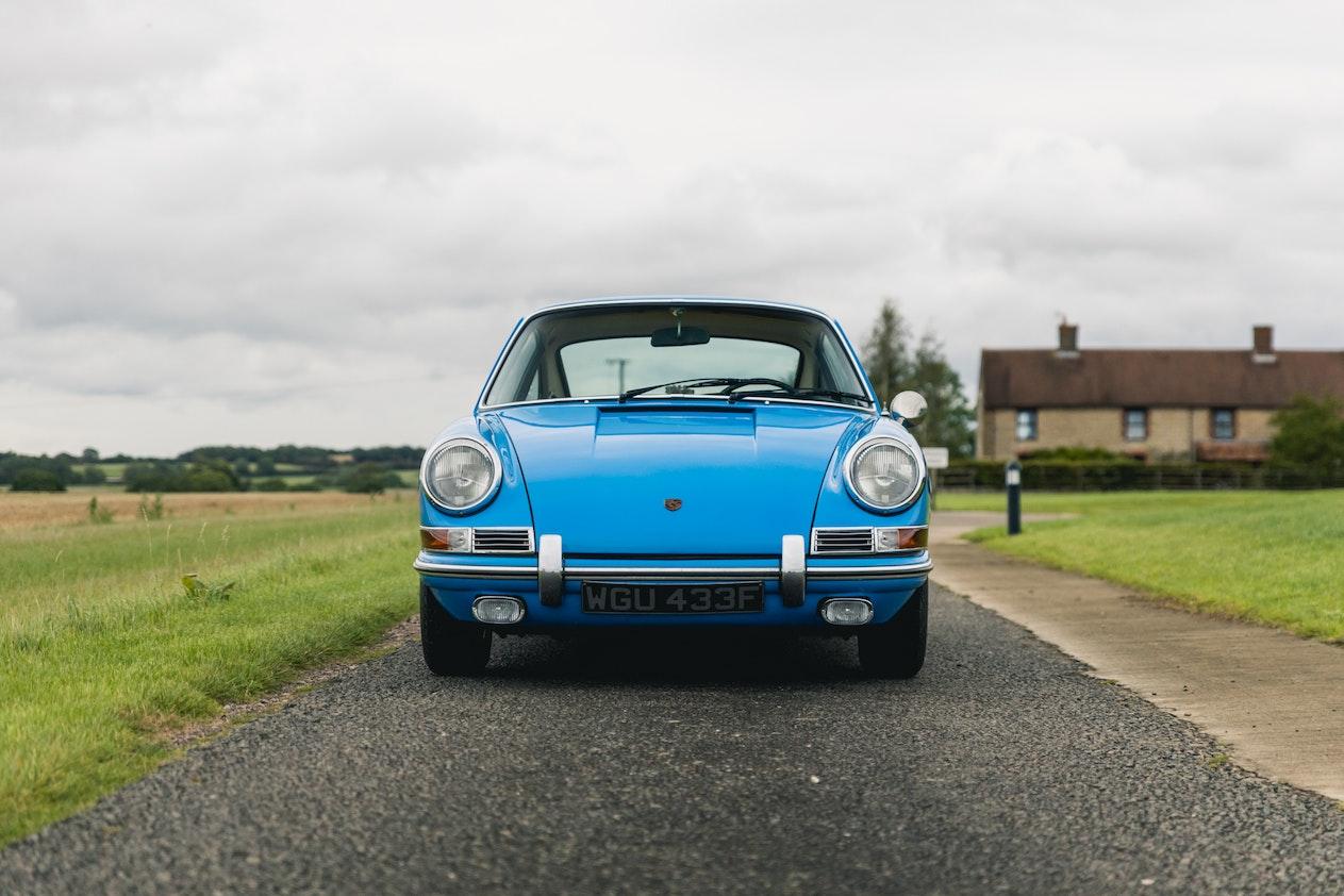 1968 PORSCHE 911T - LHD