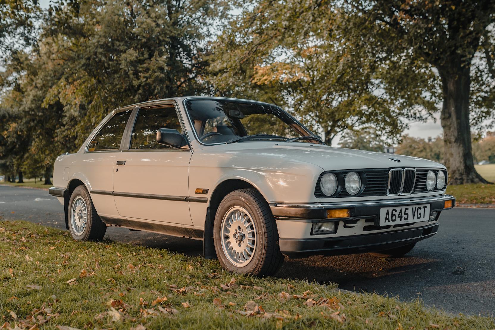 1984 BMW (E30) 323i