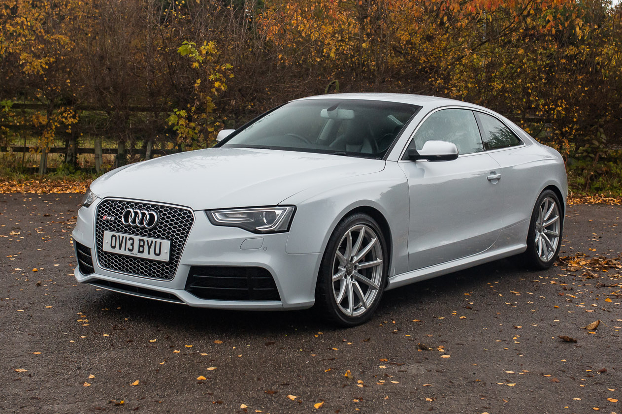 Kelebihan Audi Rs5 2013 Tangguh