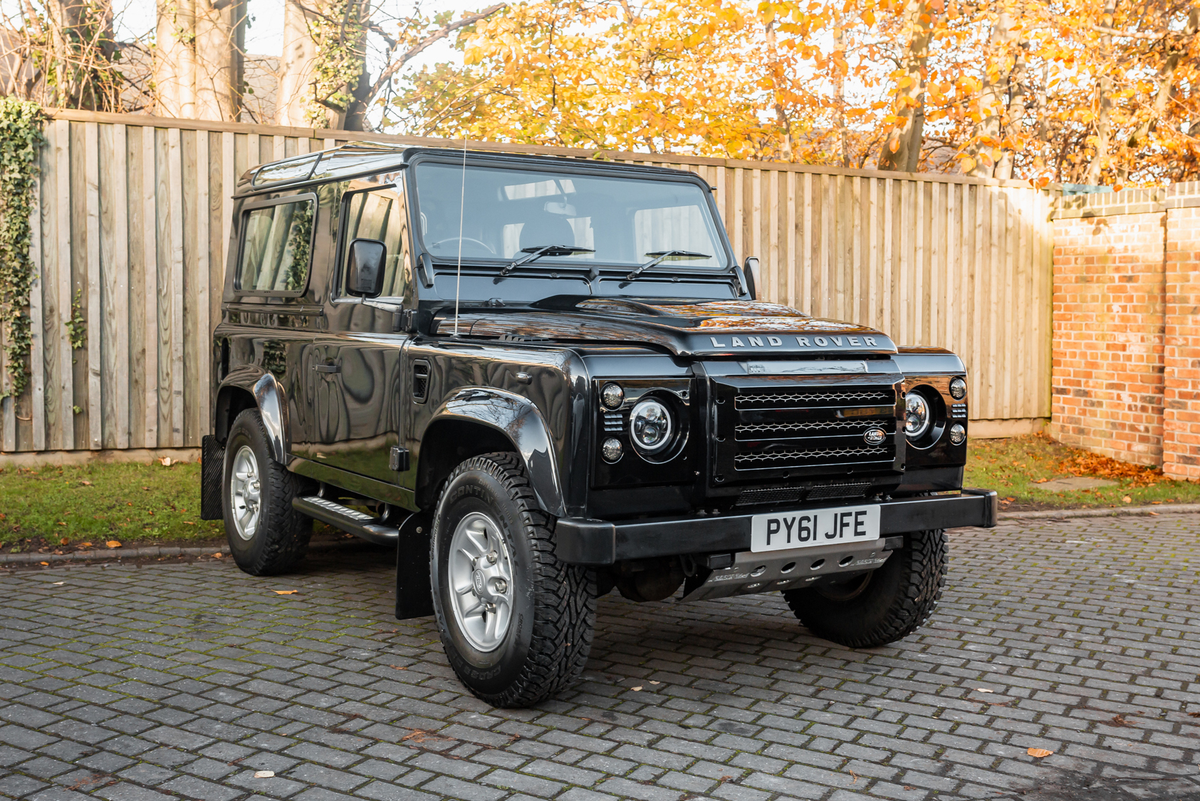 2012 LAND ROVER DEFENDER 90 XS
