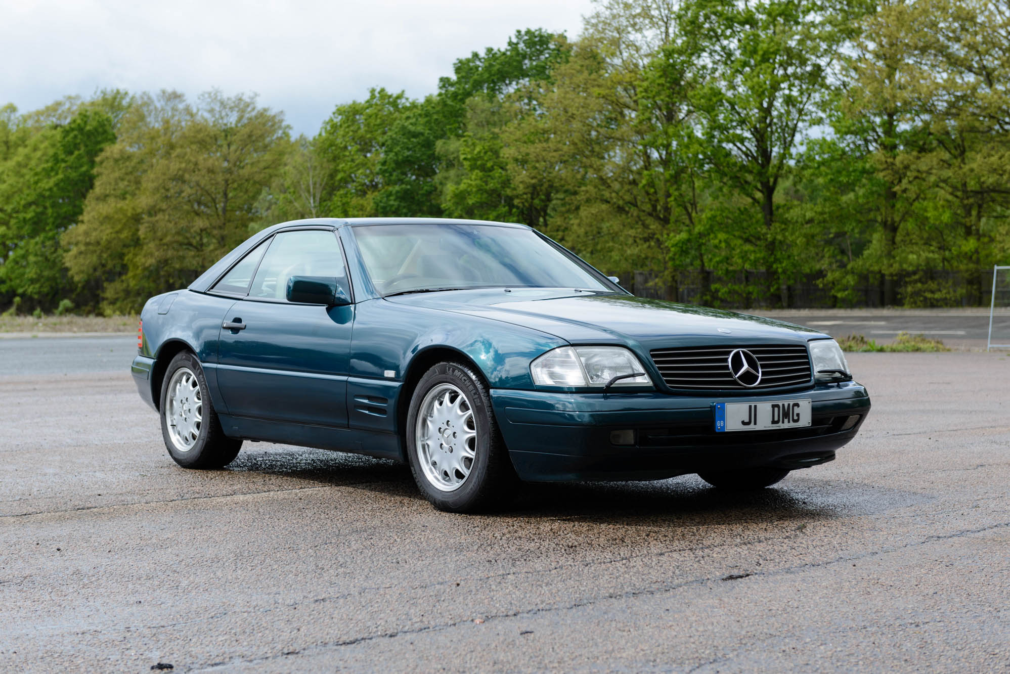 1996 MERCEDES-BENZ SL320 - 1 OWNER FROM NEW