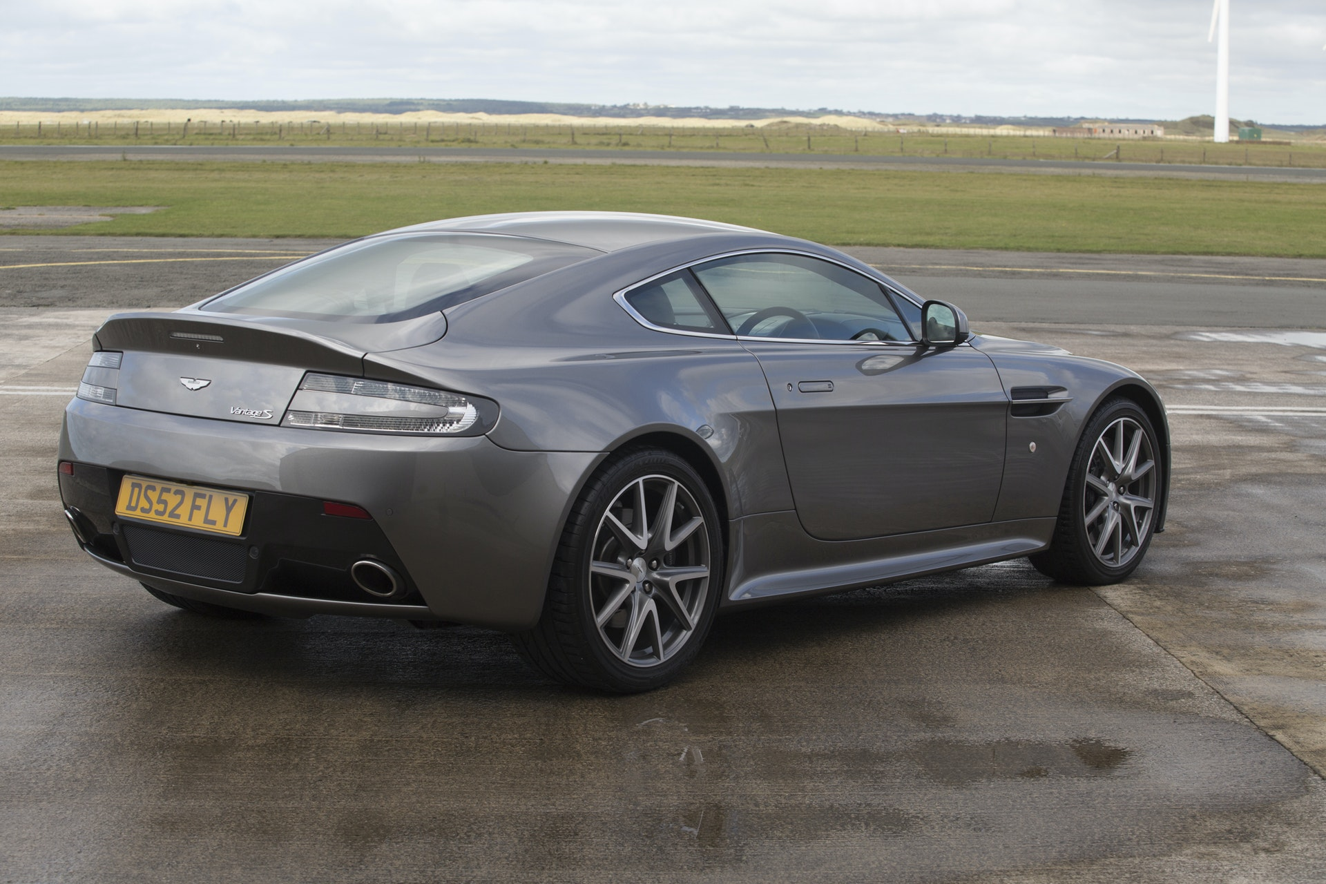 2013 Aston Martin V8 Vantage S 6 Speed Manual