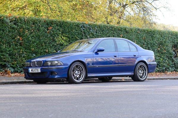 2000 BMW M5 (E39)